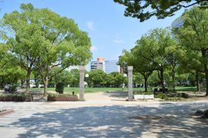 福岡市役所前西側ふれあい広場
